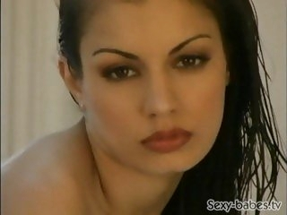 Aria Giovanni is soaping up..