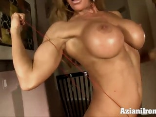 Fitness MILF stuffs with her..