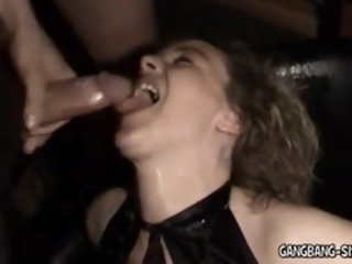 Amateur Bukkake and Gangbang..
