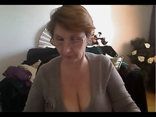 Hot Big Busty Mature Show..